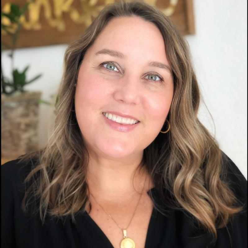 Julie Esparza